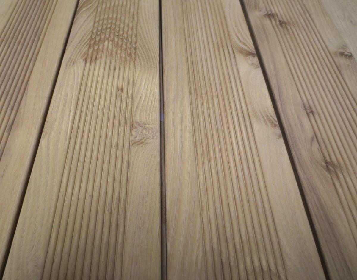 Une lame de terrasse pour d corer ma maison for Decorer une terrasse en bois