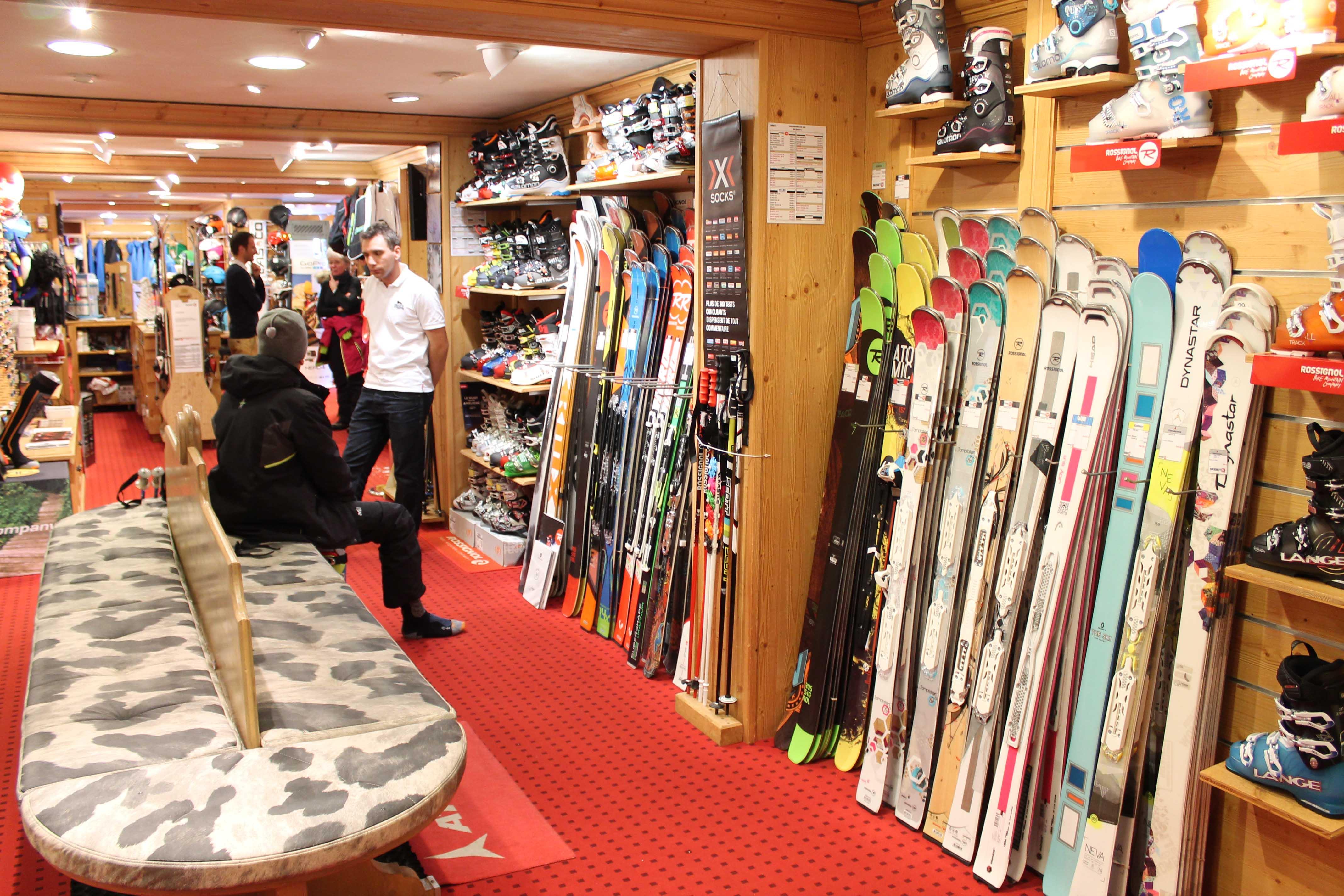 enfin un magasin de ski un peu moins cher. Black Bedroom Furniture Sets. Home Design Ideas