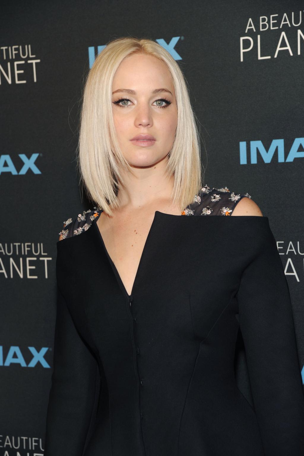 pourquoi il faut absolument bannir le blond platine - Coloration Blonde Platine